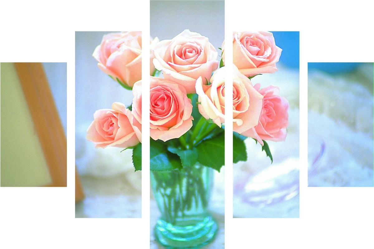 Милые розочки в вазе