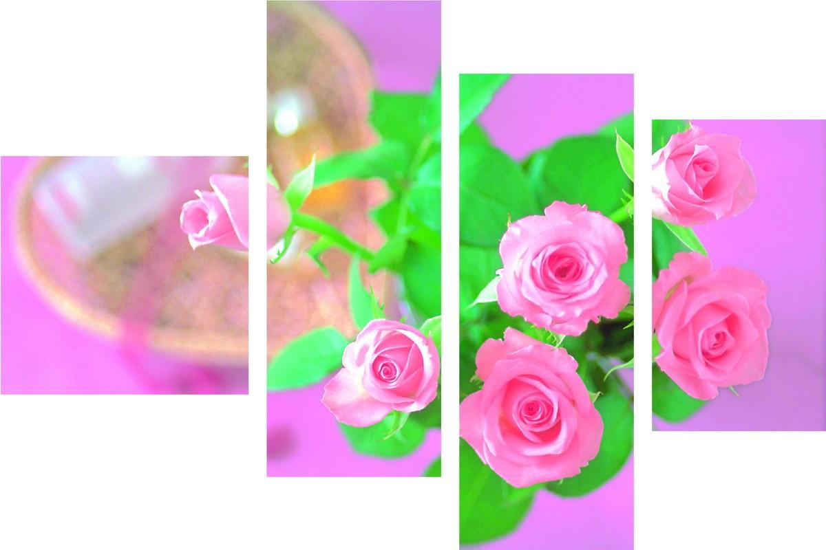 Розы на розовом