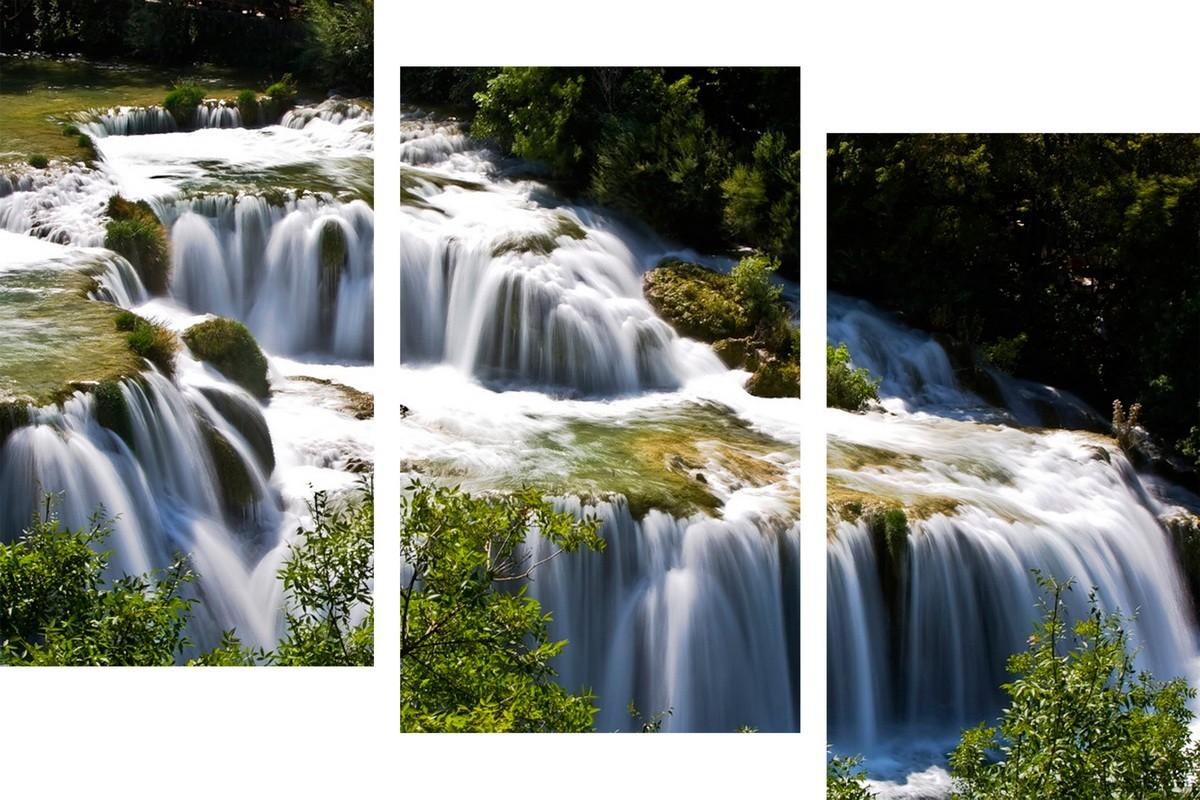 Бурлящий водопад